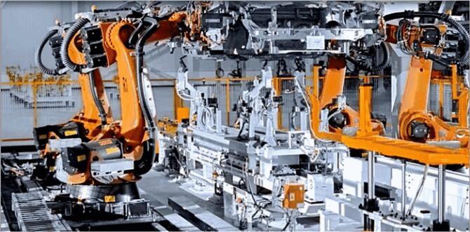 美的空调智能工厂如此炫酷        智能制造是基于新一代信息通信技术